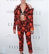 Kristen_Stewart_-_ELLE_s_24th_Annual_Women_in_Hollywood_Celebration_on_October_16-04.jpg