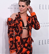 Kristen_Stewart_-_ELLE_s_24th_Annual_Women_in_Hollywood_Celebration_on_October_16-08.jpg