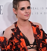 Kristen_Stewart_-_ELLE_s_24th_Annual_Women_in_Hollywood_Celebration_on_October_16-10.jpg