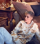Kristen_Stewart_-_Harper_s_Bazaar_Australia_September_2017-14.jpg