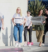 Kristen_Stewart_-_Out_in_West_Hollywood_on_October_19-30.jpg