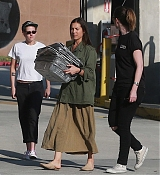 Kristen_Stewart_-_Out_in_West_Hollywood_on_October_19-37.jpg