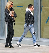 Out_In_New_York_-_November_13-03.jpg