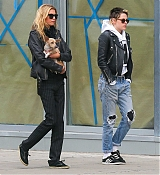 Out_In_New_York_-_November_13-05.jpg